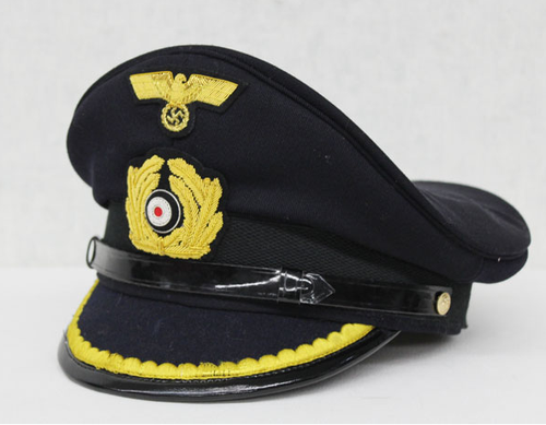 German Navy Lieutenant Hat Suit